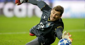 TOP 5 best goalkeepers in the world in the 21st century (1)